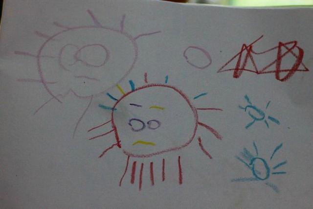 第一幅画老师给出两个五角星-第一堂绘画课图片