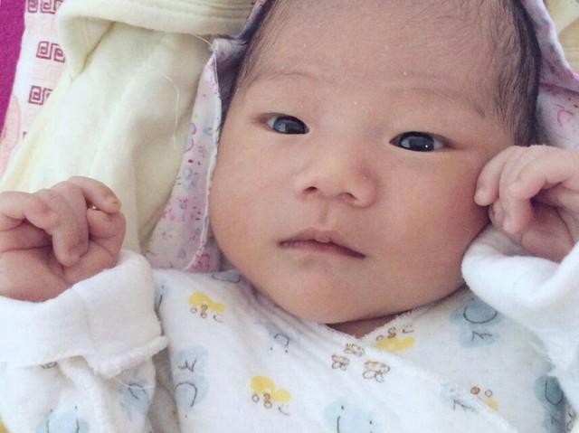 宝宝指甲和嘴唇发紫